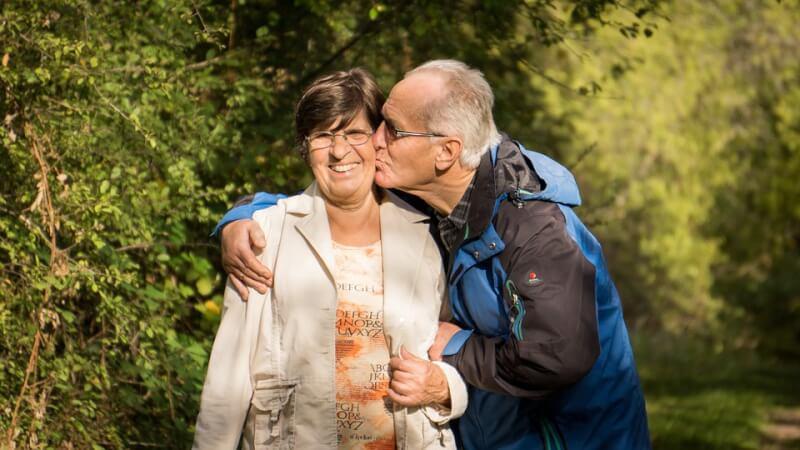 Conseils Senior - Une rencontre peut conduire au véritable amour