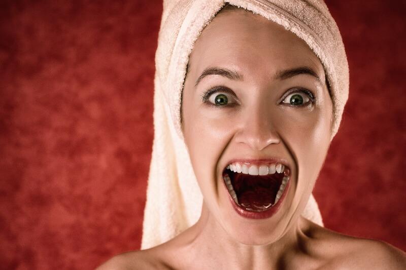 Speed Dating - Assurez-vous de nettoyer vos dents !